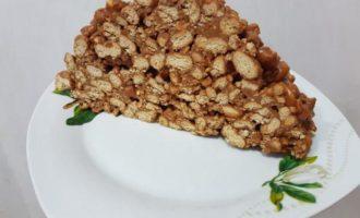 Mușuroi de furnici cu biscuiți (tort fără coacere)