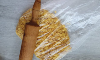 Gambe de pui cu crustă crocantă la cuptor