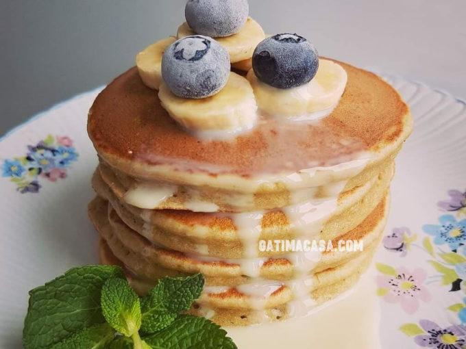 Pancakes cu banane. Rețeta pas cu pas