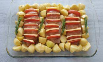 piept de pui cu cartofi in tava